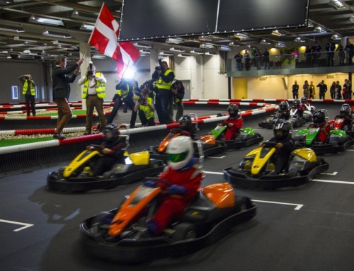 Hip Hurra! Det er Power Racing's fødselsdag!